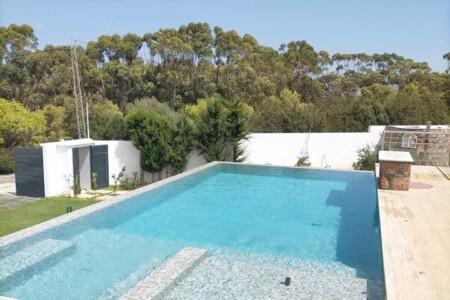 Villa de luxe avec piscine privée en Tunisie, entre montagne et plage